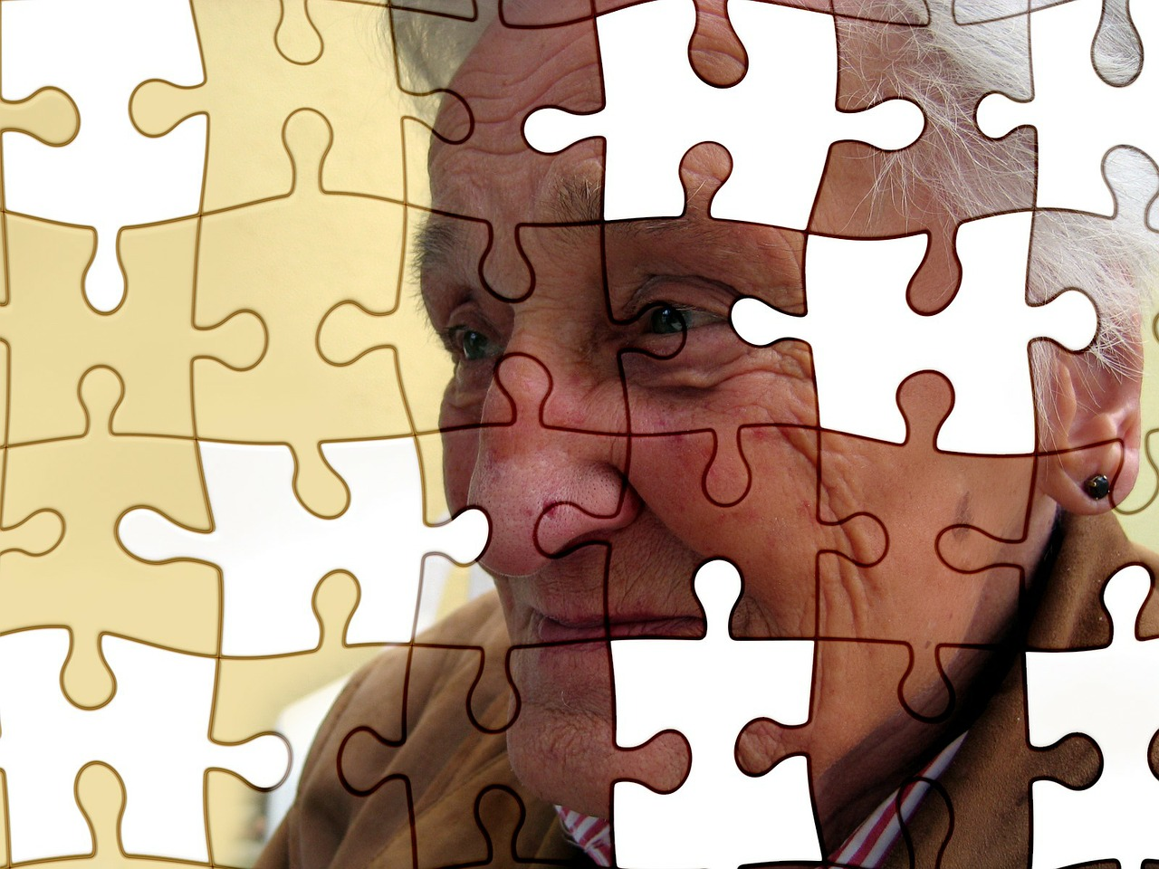"""Want to Remember Your Life Story? 3 Habits to Protect You From """"Losing Your Mind"""" to Alzheimer's Disease."""