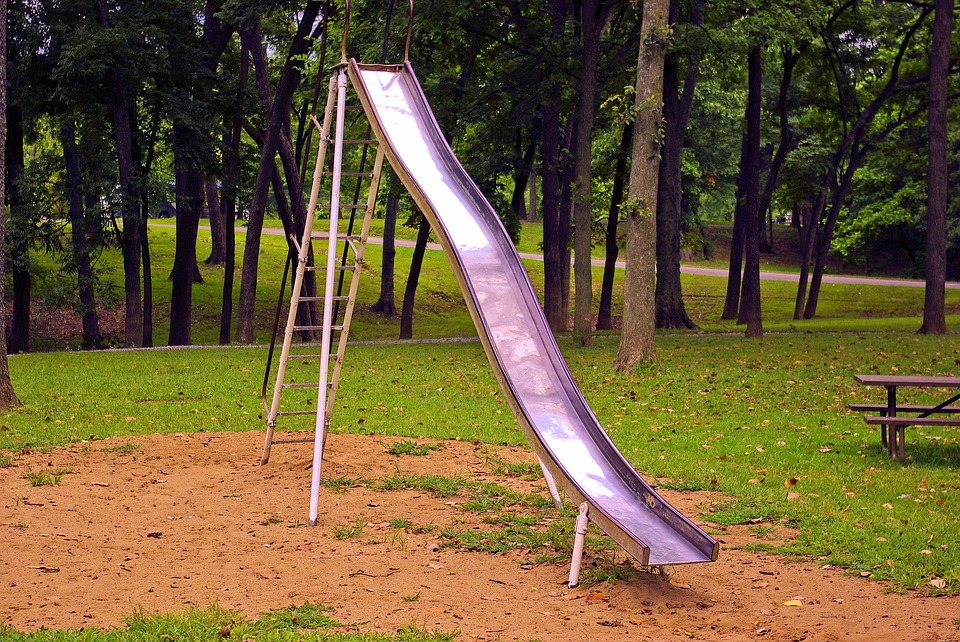 """Rebuilding the Education Playground Without """"Slides"""""""
